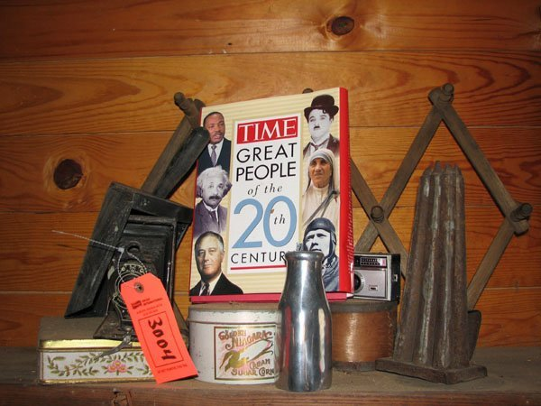 3004: MISC. LOT OF COLLECTIBLES INCLUDING: AN EASTLAND