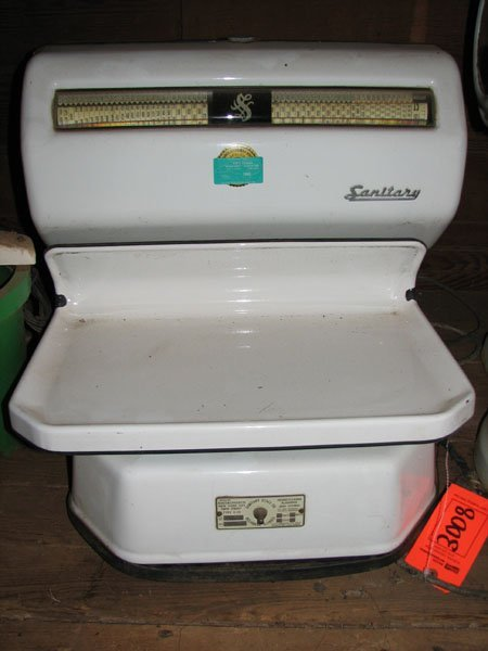 3008: SCALE, ENAMEL WHITE SURFACE, SANITARY SCALE CO.,