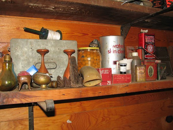 3010: MISC. TINS,  MARVAL MYSTERY OIL,  CAMEL, 2 PATCH