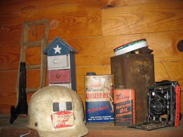 3011: MISC. LOT OF COLLECTIBLES INCLUDING: CAMERA, A TI