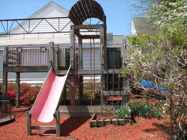 9629: LARGE WOOD PLAYGROUND SET WITH SLIDES AND LADDERS