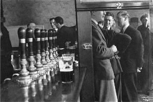 Cartier-Bresson - Tea Time in Brighton