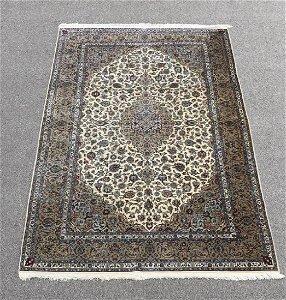 Handmade 100% Silk Persian Kashan Rug