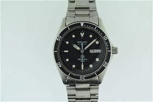 Seiko Quartz Sport 100 Dive Style Stainles Steel Watch