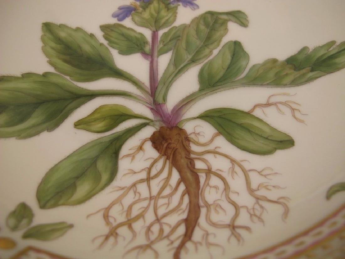 Flora Danica by Royal Copenhagen Salad Serving Bowl - 3