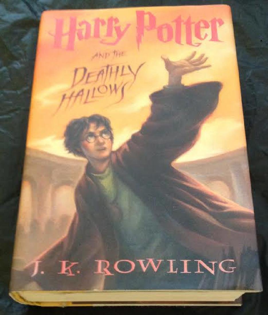 Harry Potter And The Deathly Hallows - HC, 1st Edition