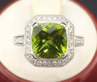 14K White Gold Peridot & Diamond Ring