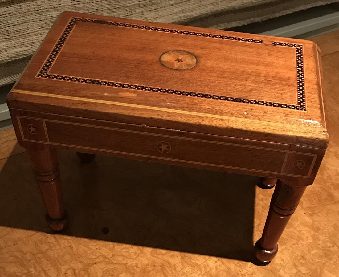 Tramp Art Box, by Lonnie and Tywla Money - 3