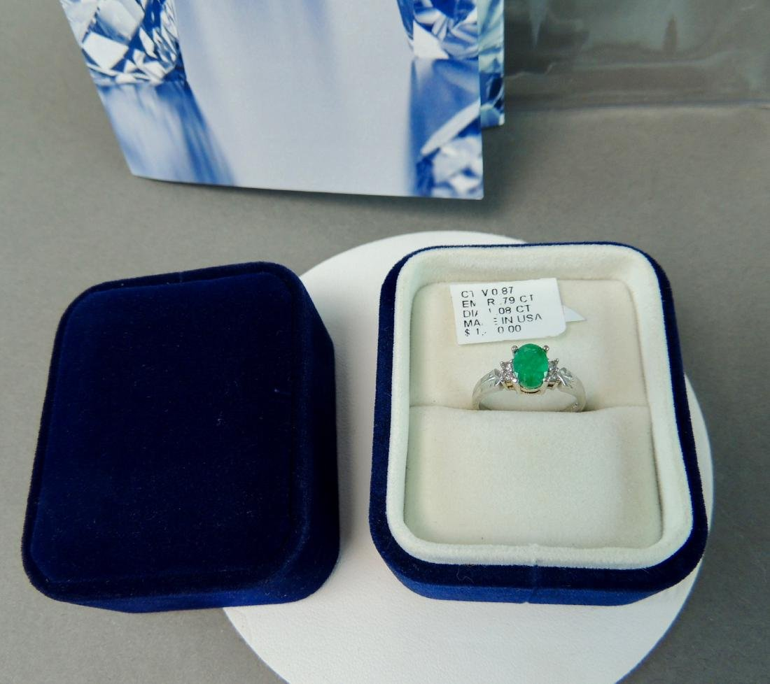 18K Solid White Gold Natural Emerald Diamond Ring