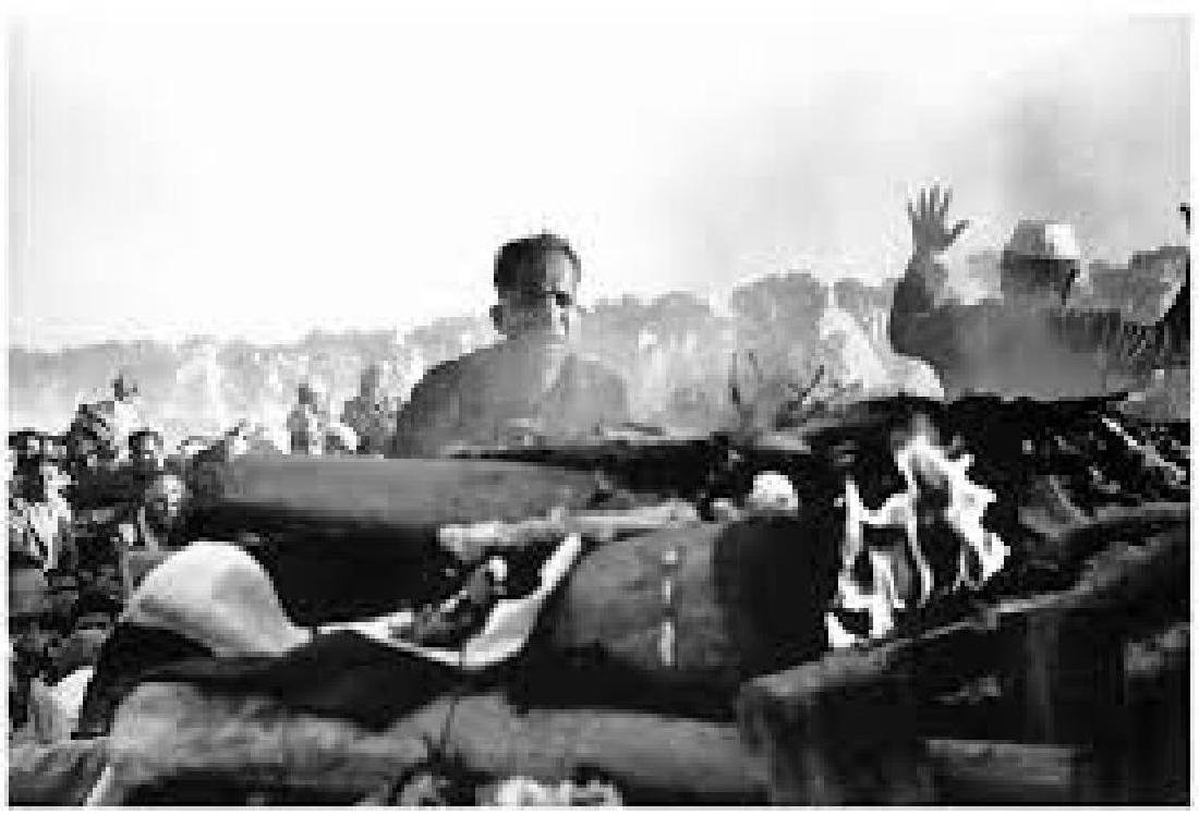 CARTIER-BRESSON - Ghandi's Funeral Pyre Delhi, 1948