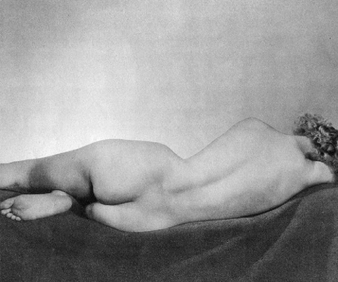 STANLEY JORDAN - Reclining Nude