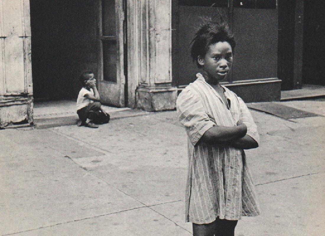 HELEN LEVITT: New York Streets VI