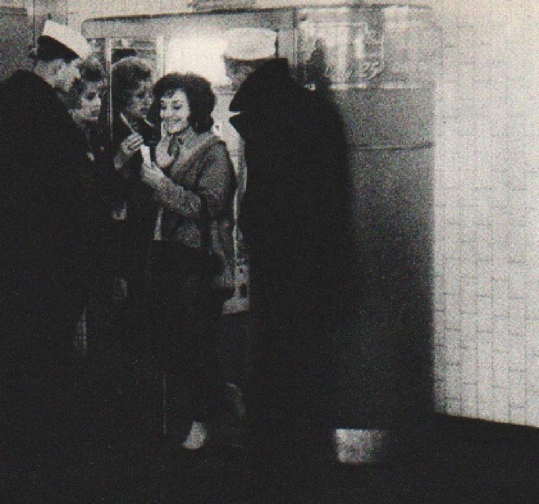 WINOGRAND: Love in the Subway IV