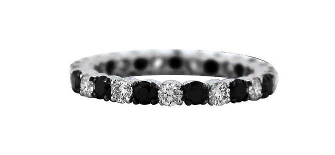 18K Gold Black & White Diamond Alternating Band Ring