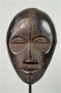 Dan Dance Mask