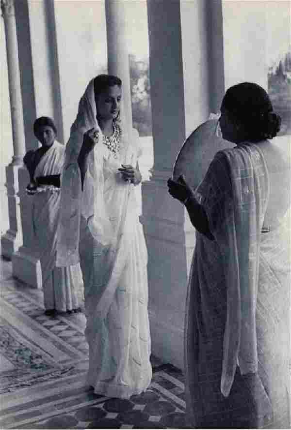 CARTIER-BRESSON - The Second Maharanee of Baroda, 1948