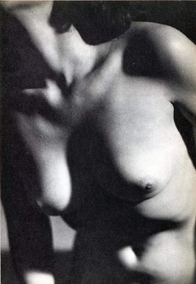 M MUNKACSI - Nude