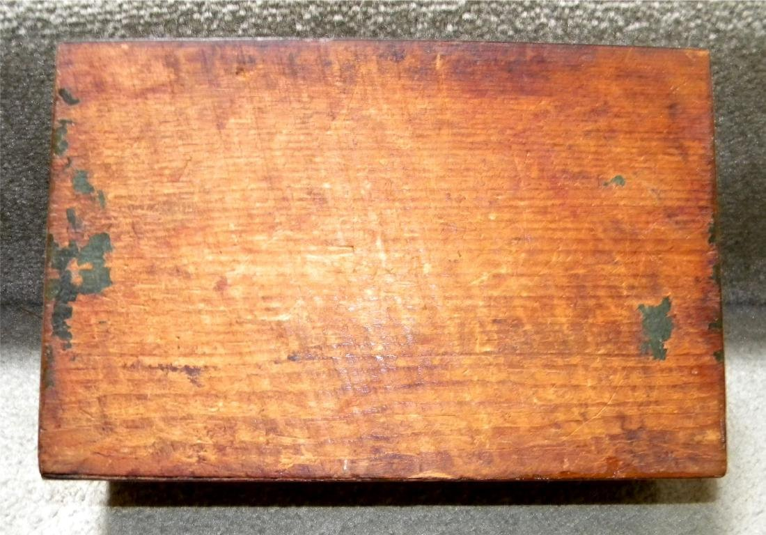 Rosewood And Mother-of-pearl Box - 4