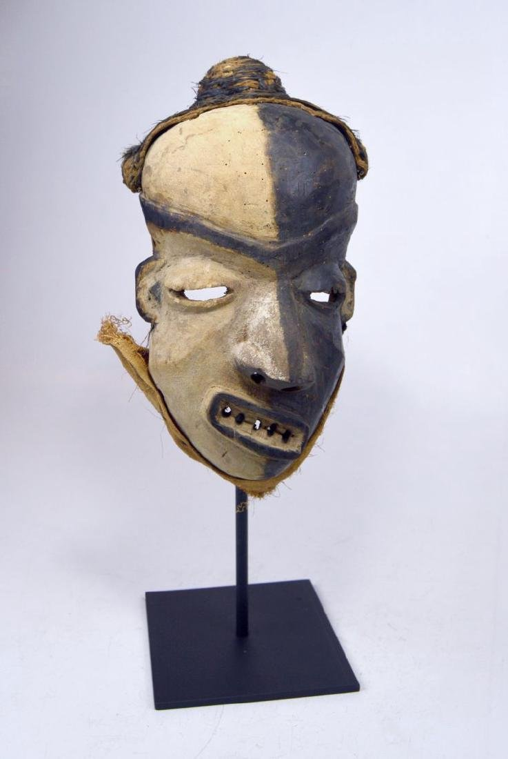 A Pende Mbangu Illness mask, African Art - 3