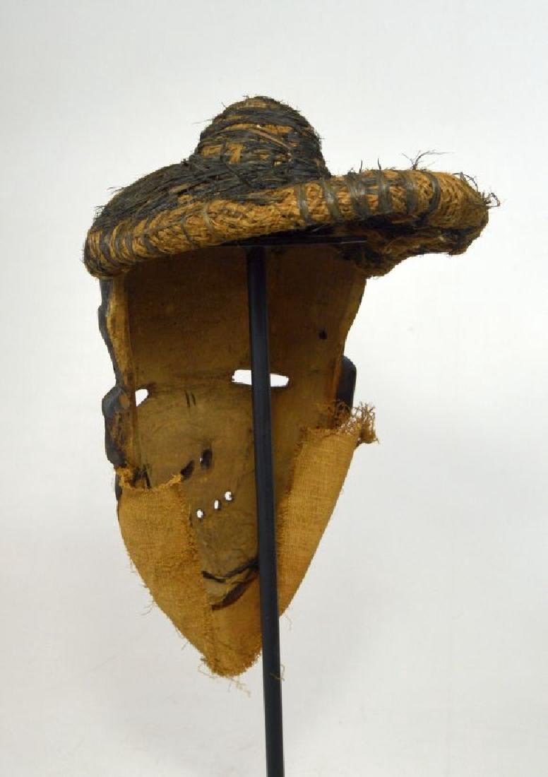 A Pende Mbangu Illness mask, African Art - 7