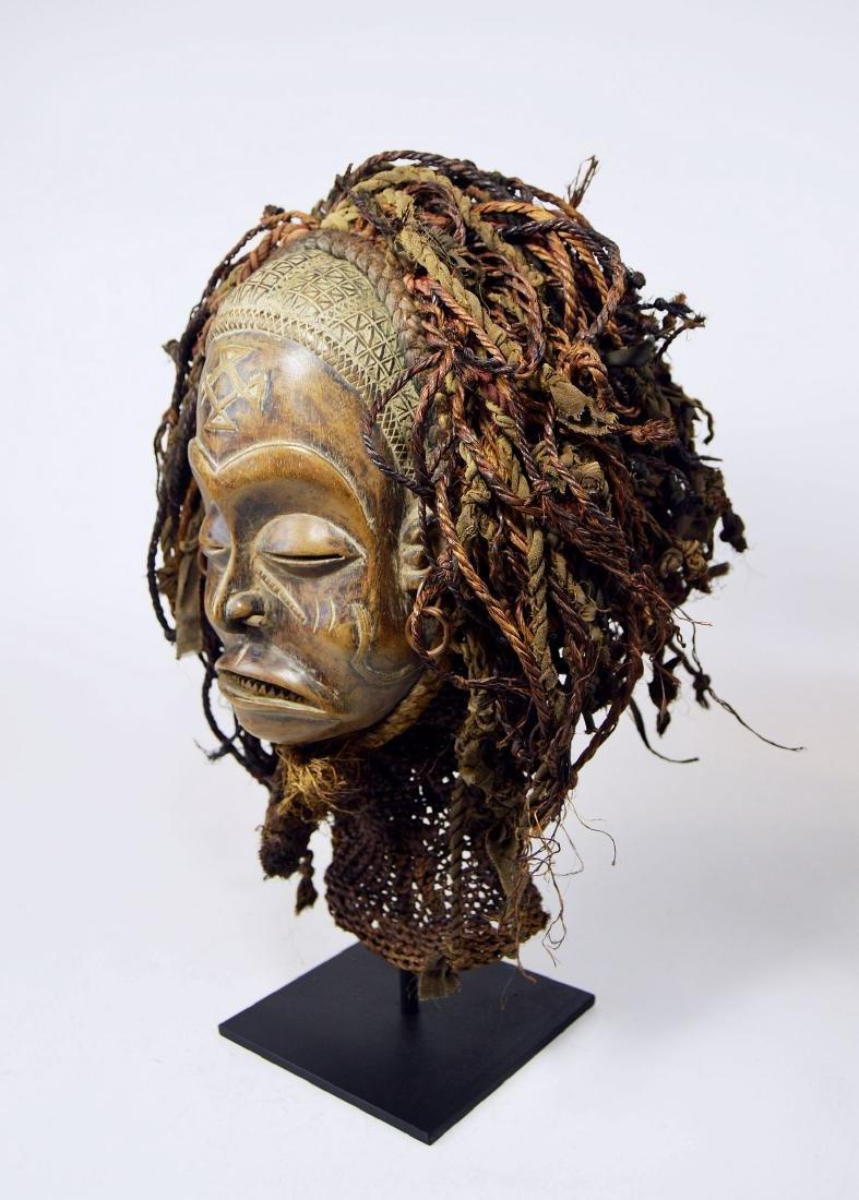 A Chokwe Pwo African mask - 6