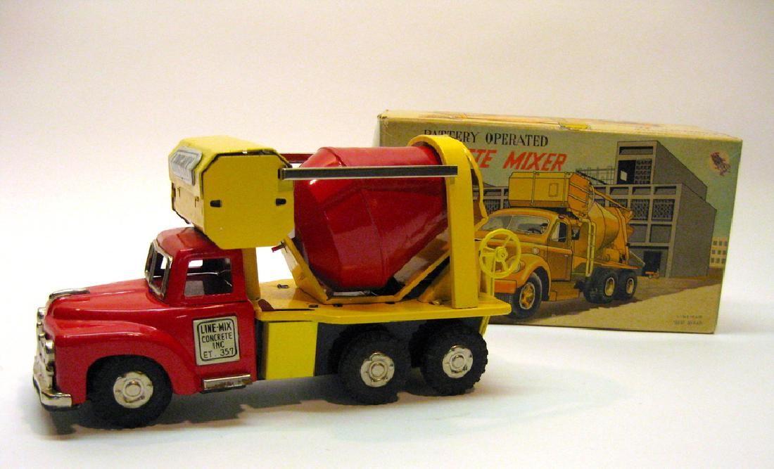 Line Mar Cement Truck