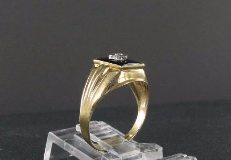 Vintage 10K Gold Onyx Diamond Ring - 2