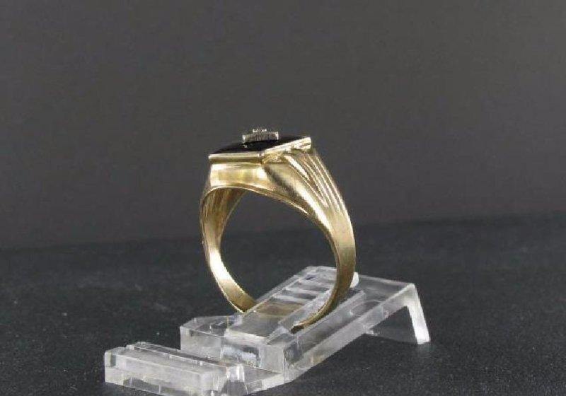 Vintage 10K Gold Onyx Diamond Ring - 3