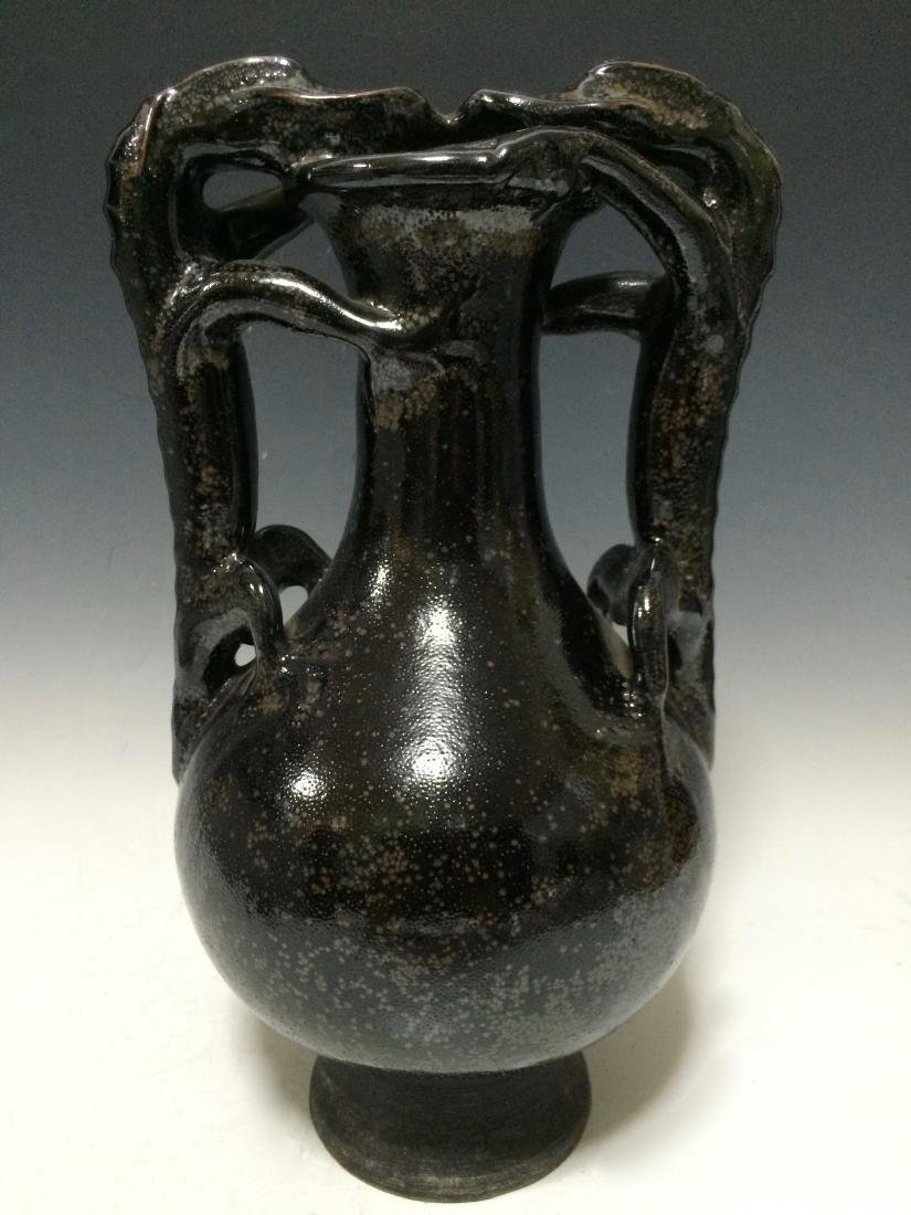 Chinese Qing Dynasty Porcelain Black Jar, Dragon Handle