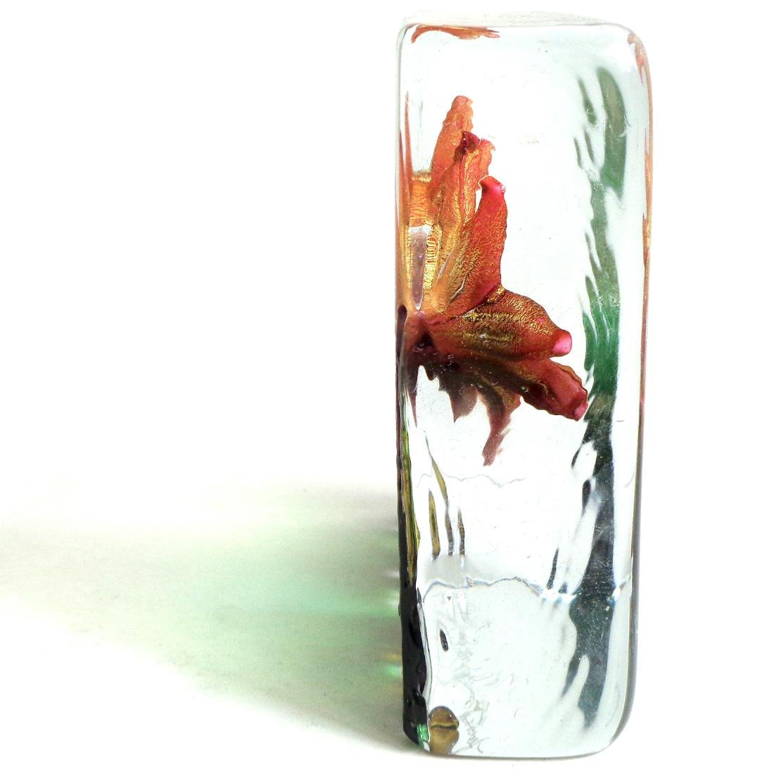Isle Of Wight Art Glass Spring Flowers Paperweight - 2