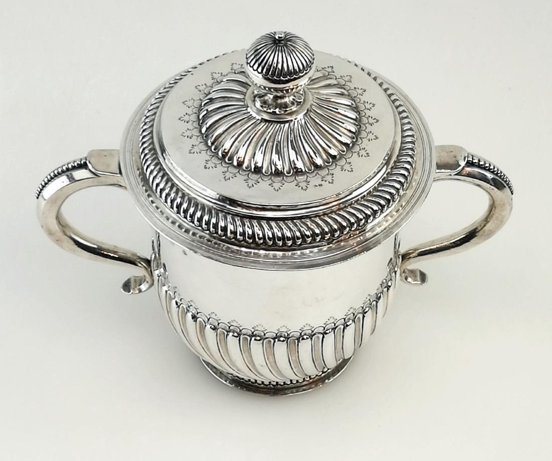 Antique John Smith Silver Porringer / Cup & Cover 1699 - 2