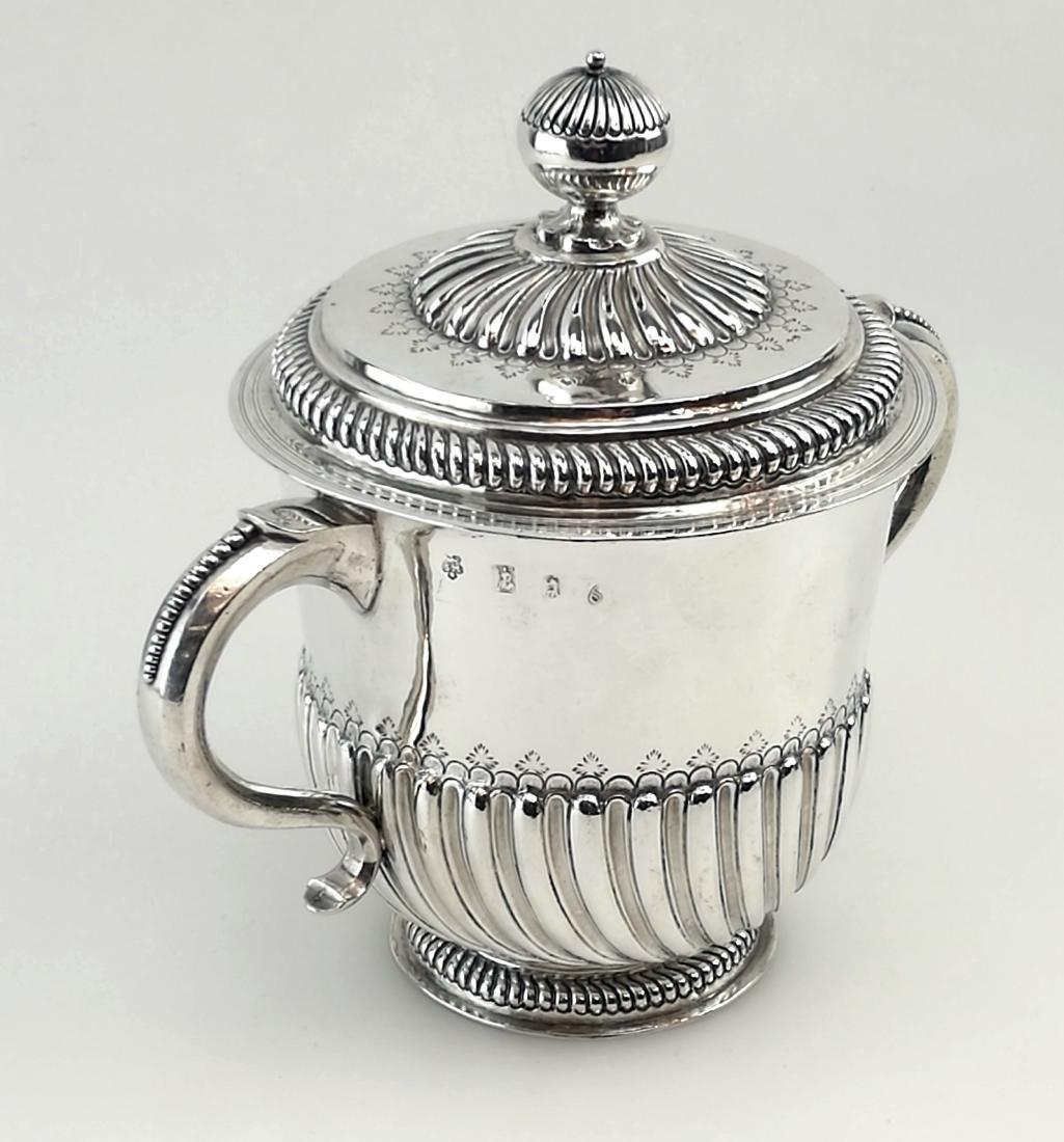 Antique John Smith Silver Porringer / Cup & Cover 1699 - 4
