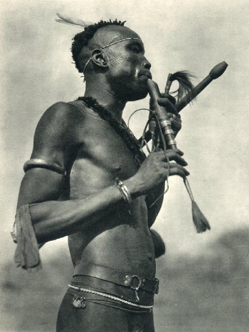 HUGO BERNATZIK - Niambara Flute Player