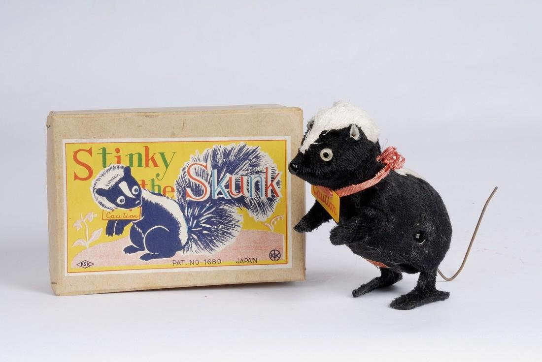 Stinky the Skunk Wind Up Toy