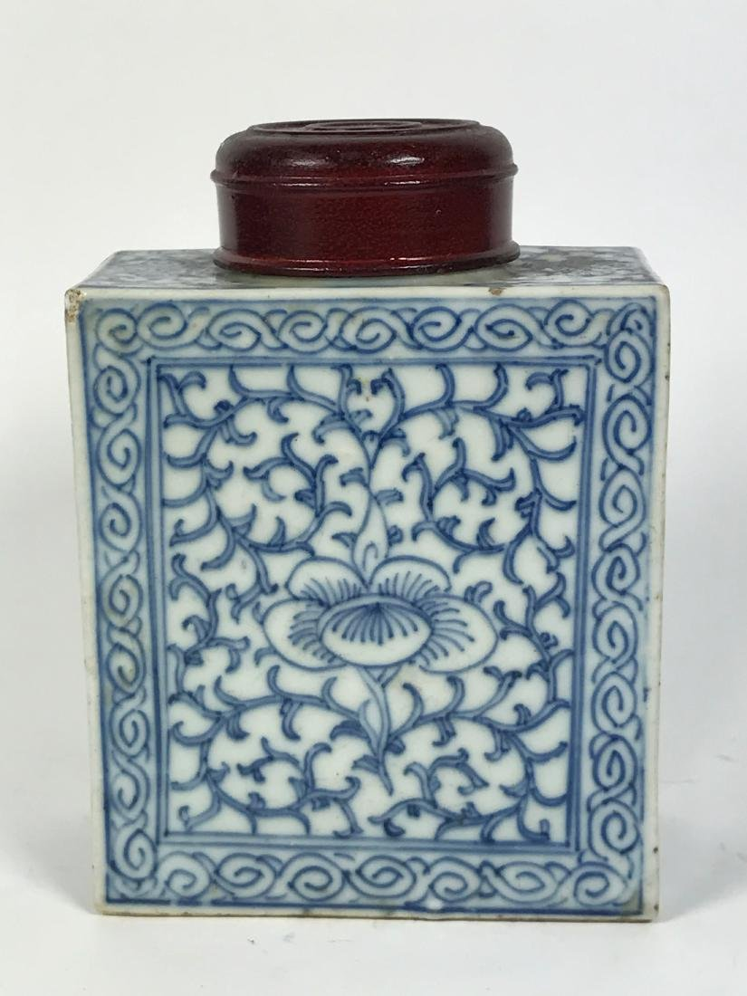 Chinese Qing Blue White Tea Caddy & Wood Top, 19th C
