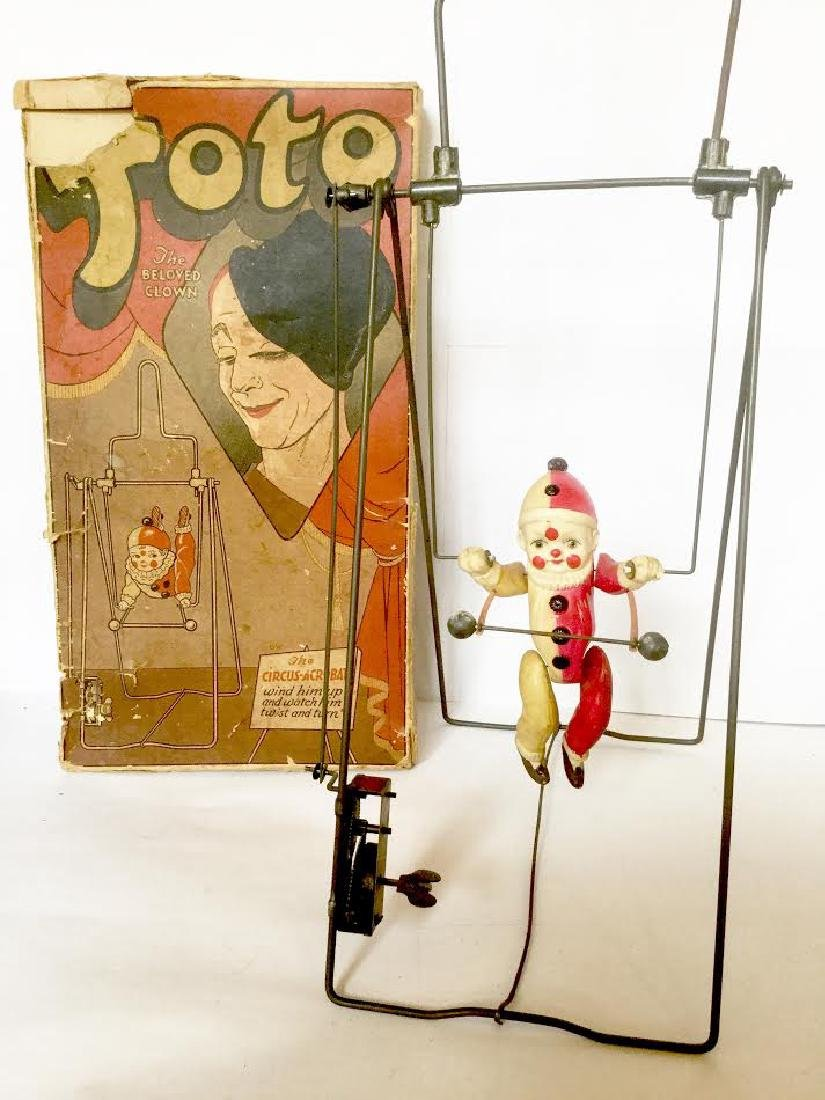 """""""TOTO the Beloved Clown"""" Wind Up Toy"""