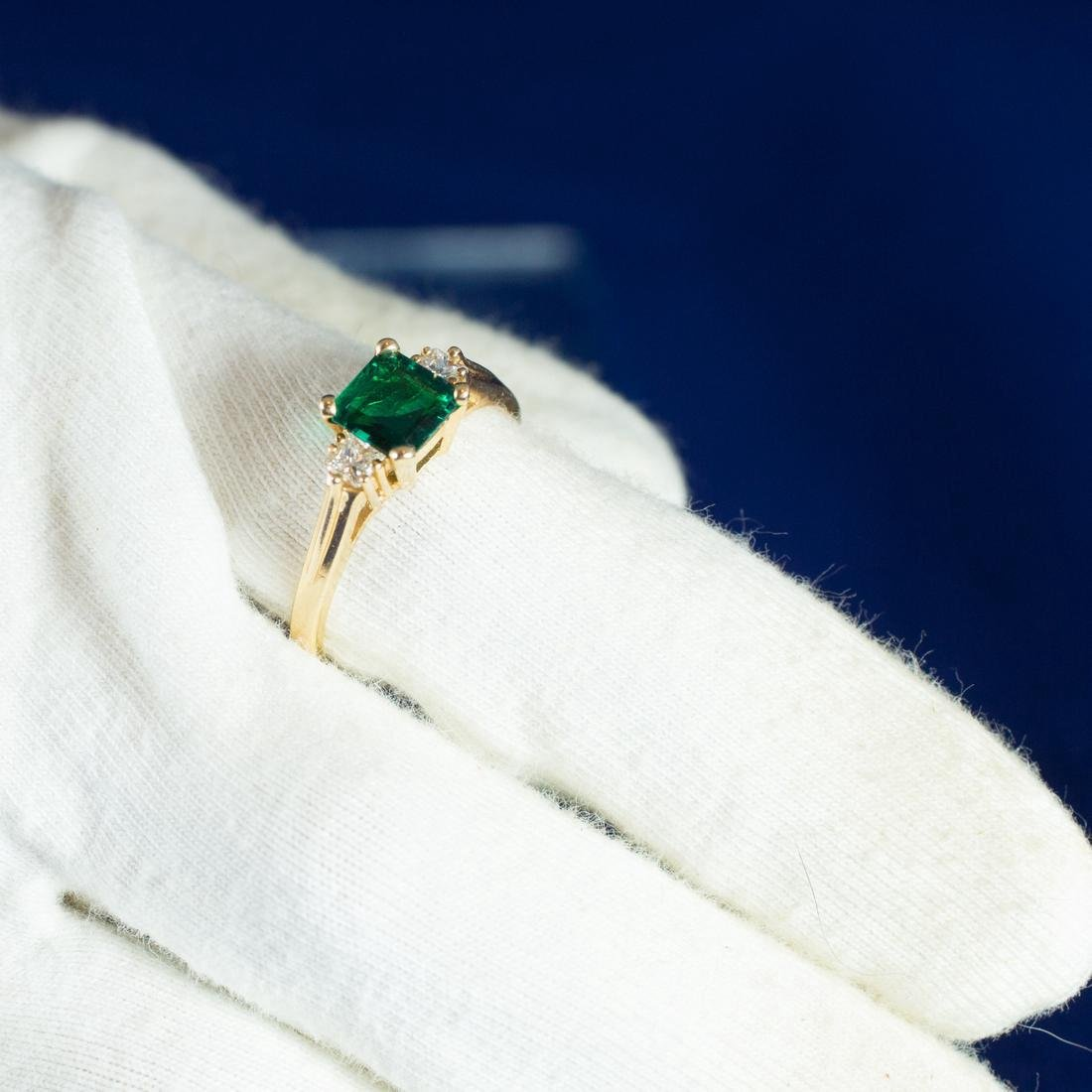 Vintage 14k Gold Emerald and Diamond Ring