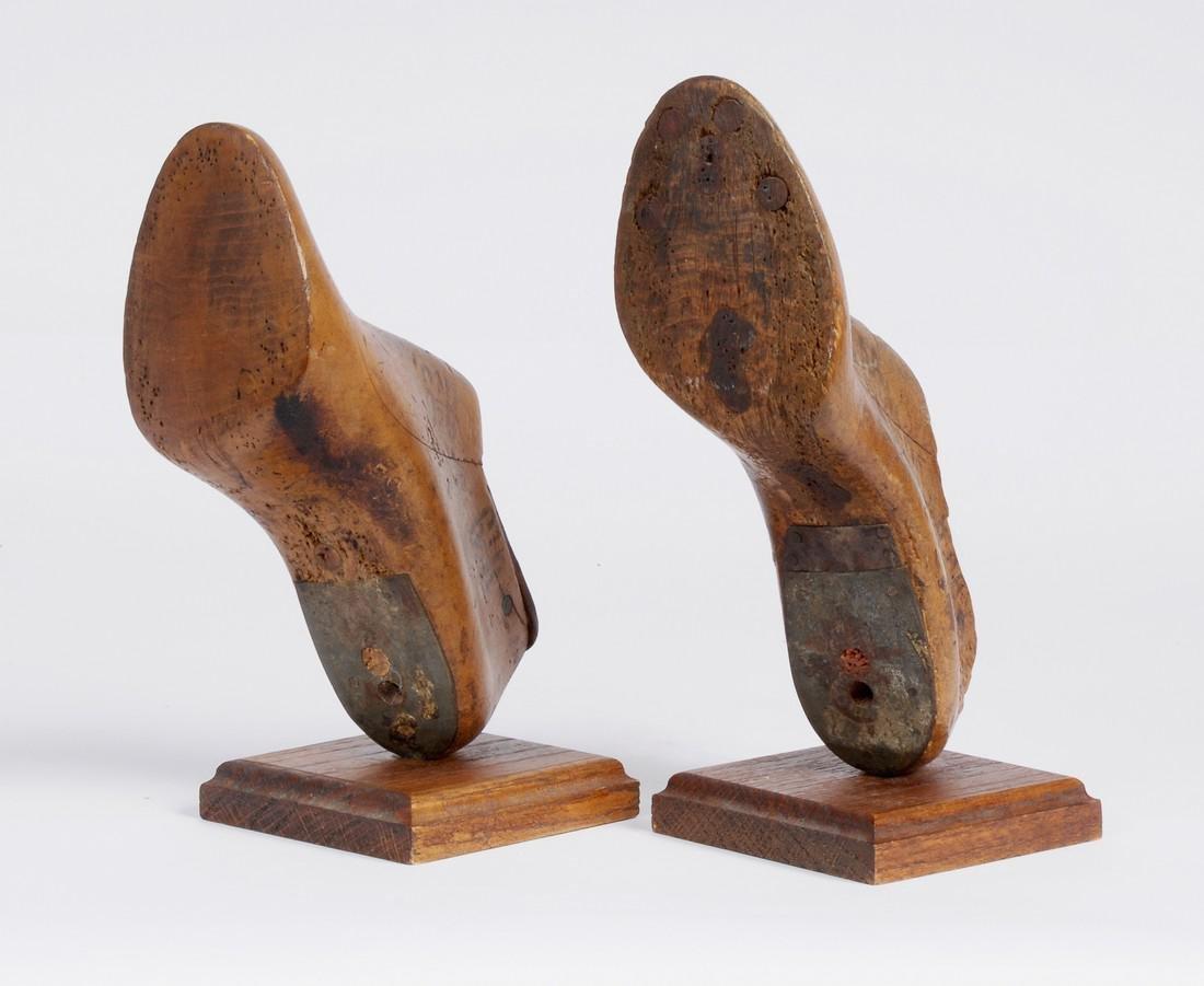 Cobbler's Shoe Mold Bookends - 4