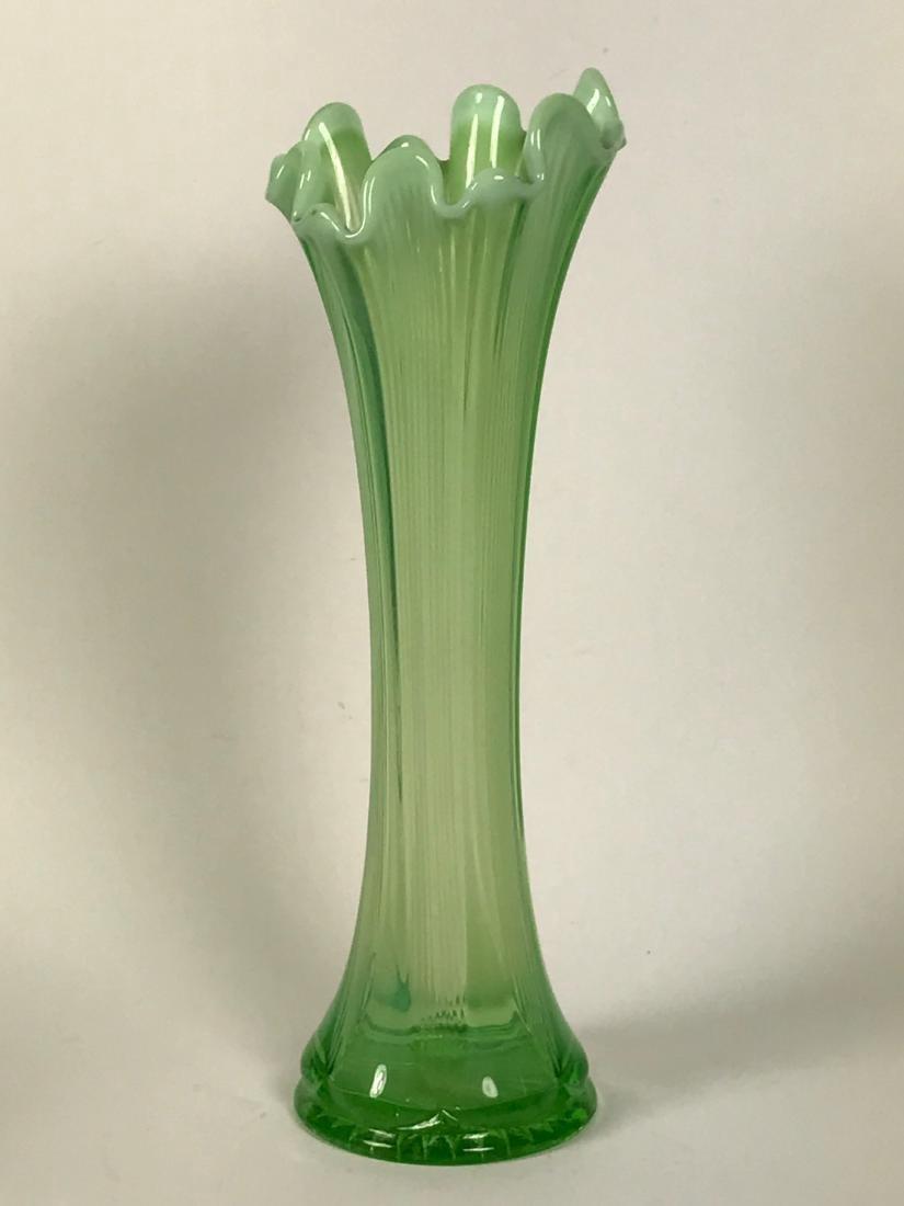 Hand Blown Light Green Flower Swing Vase - 4