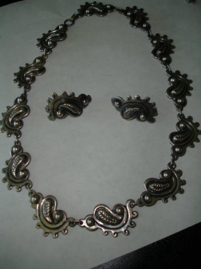 Mexican Taxco Sterling 980 Silver Necklace Set