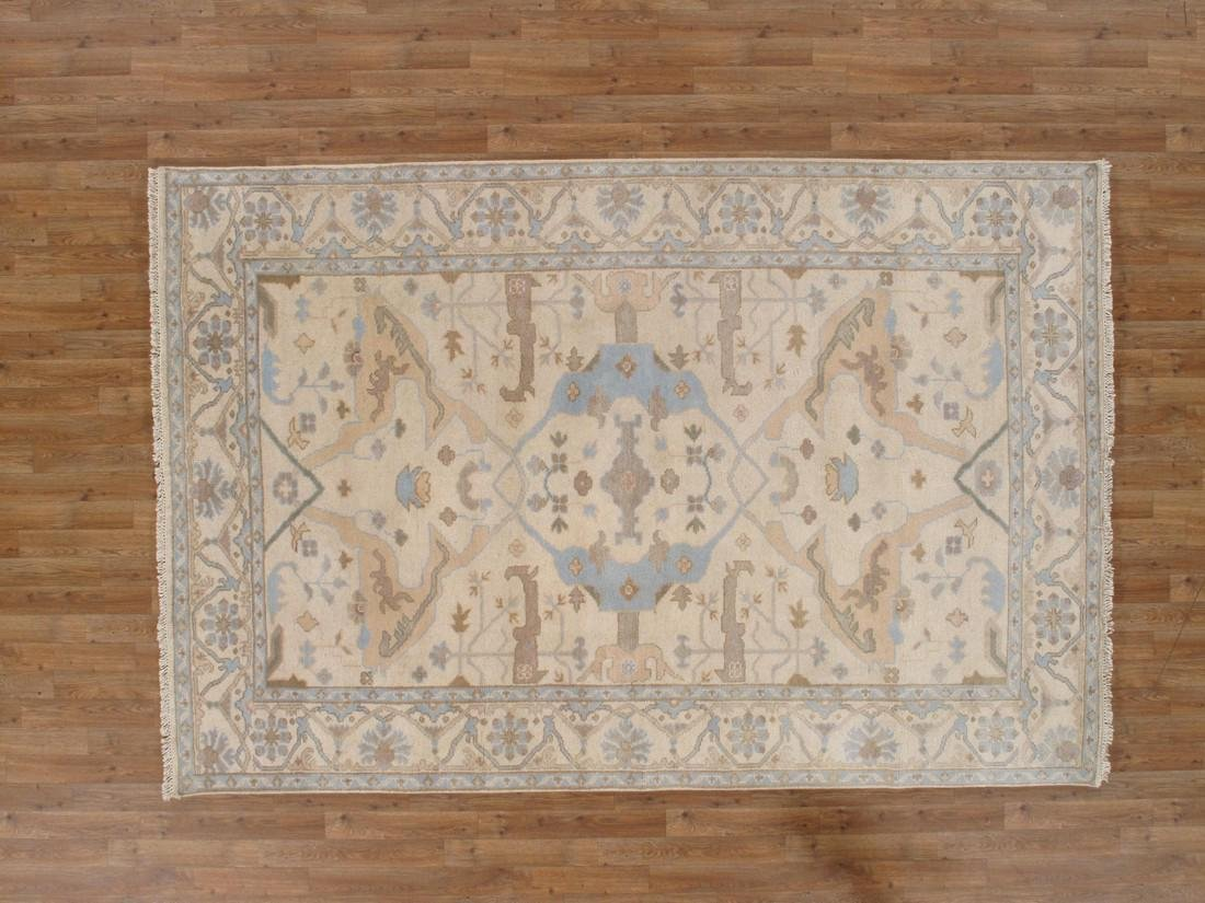 Exquisite Oushak Wool Area Rug Made by Hand 6x9