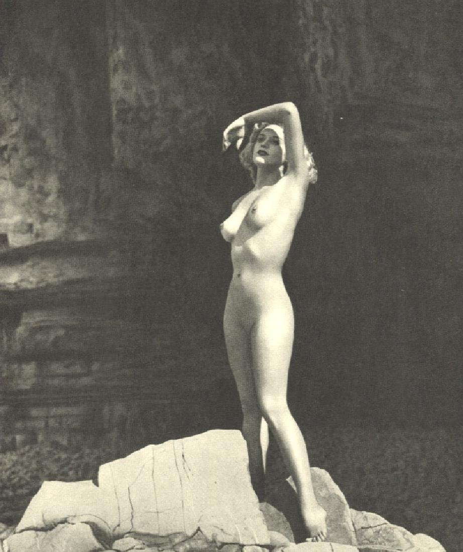ROYE- Desiree Nude