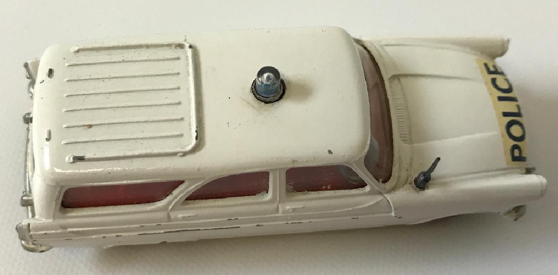 Vintage CORGI FORD ZEPHYR MOTORWAY POLICE PATROL CAR - 3