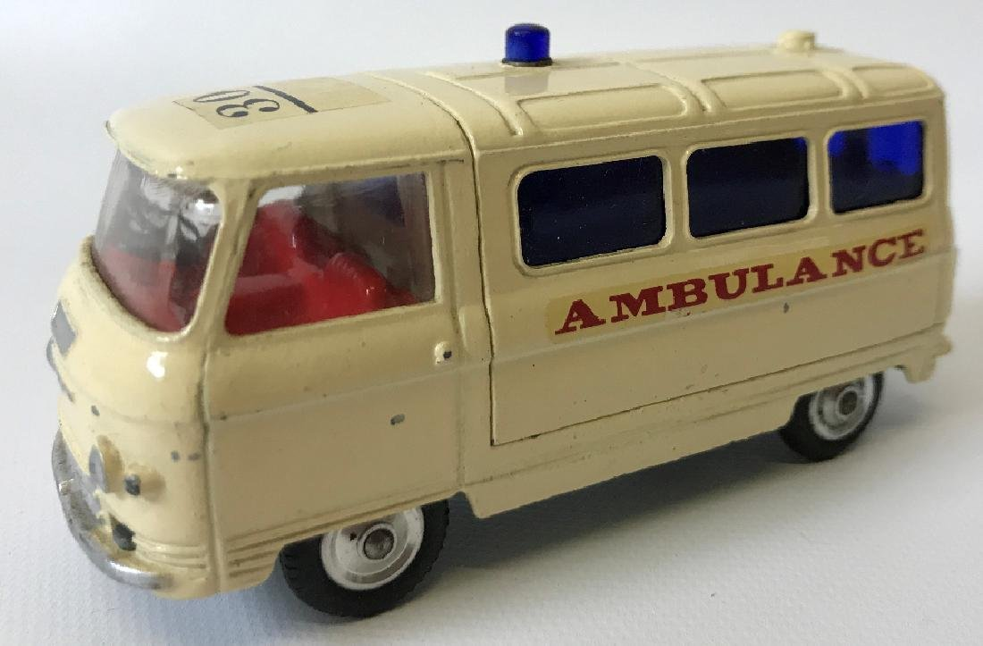 Vintage CORGI #463 COMMER 3/4 TON AMBULANCE Toy Car