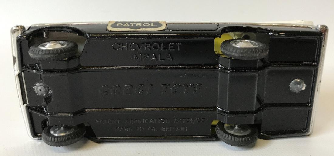 Vintage CORGI #481 POLICE PATROL CHEVROLET CHEVY IMPALA - 4