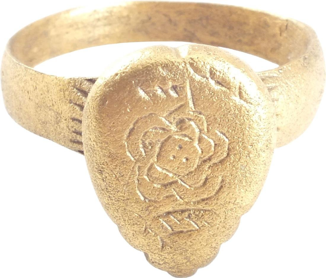 LARGE FINE VIKING WARRIOR'S HEART RING C.900-1050 AD