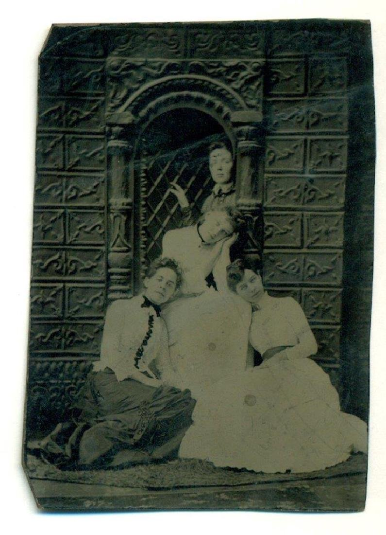 1870 Leisurely Leaning Ladies in Female Affection Pose