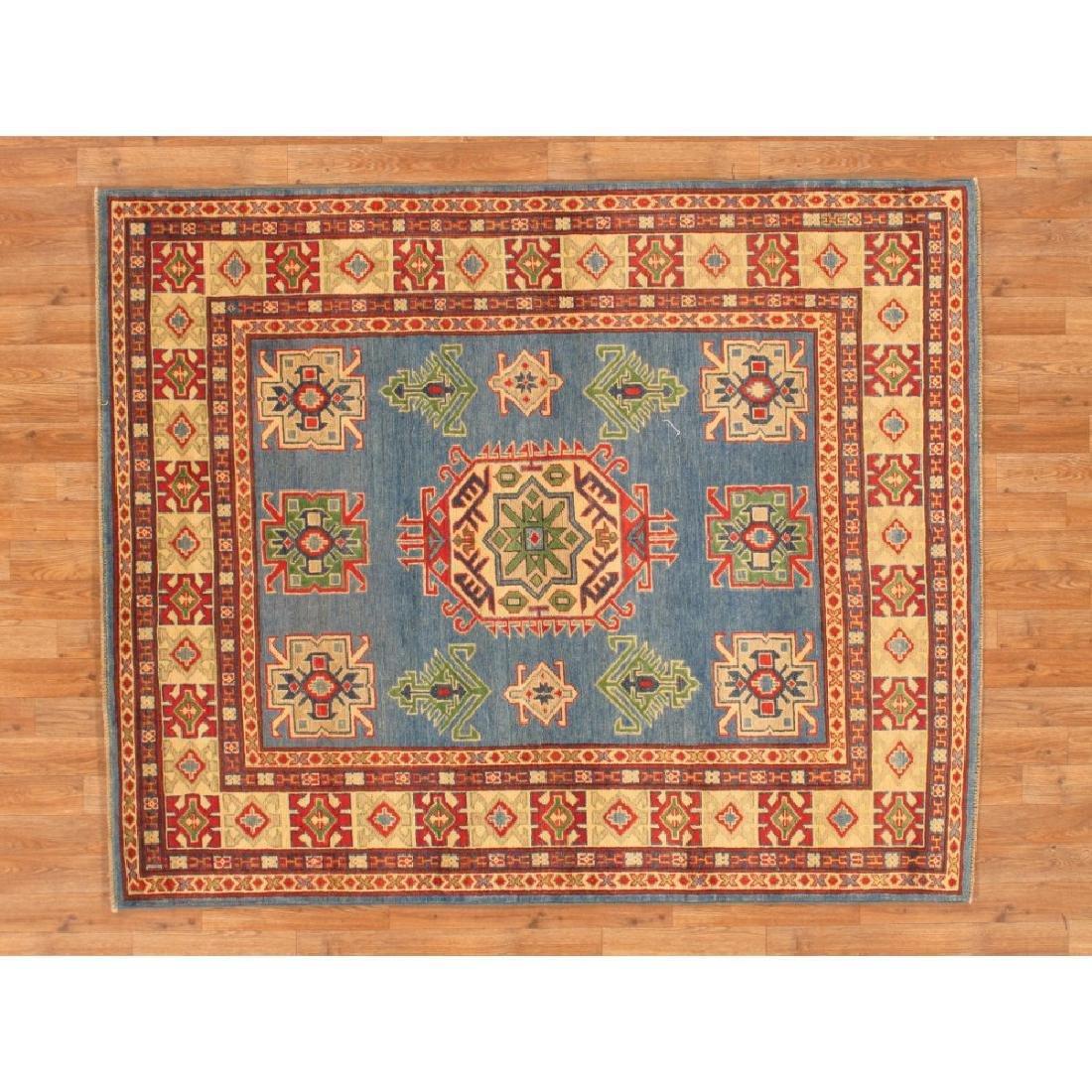 Beautiful Kazak Design Area Rug 5x6.2