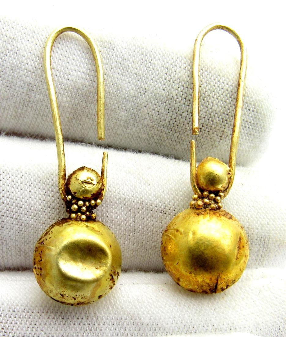 Viking Pair of Gold Earrings with Filigree