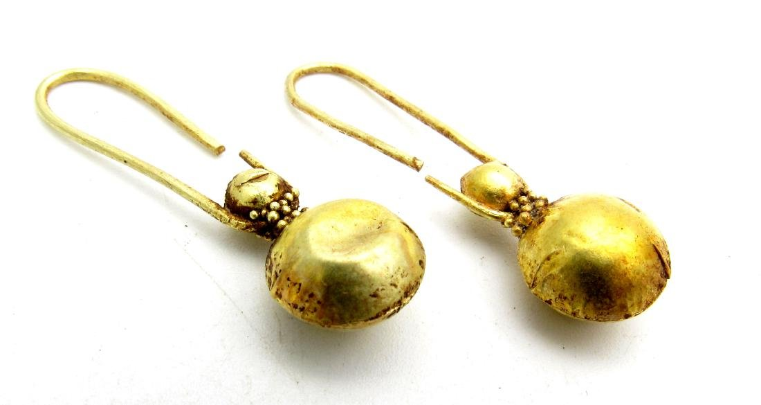 Viking Pair of Gold Earrings with Filigree - 2